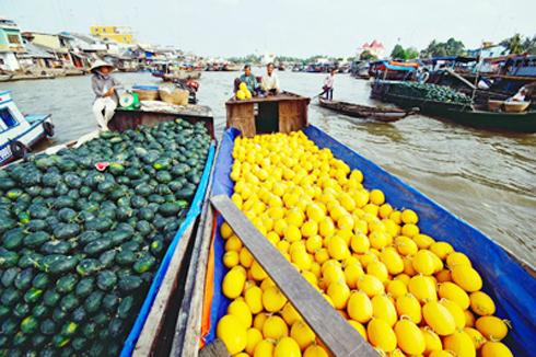 Chợ nổi Cái Bè - Tiền Giang