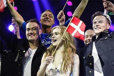 John Terry, Photobomb, celebration, photoshop, Eurovision,