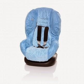 http://www.mamagama.pl/wallaboo-oslonka-do-fotelika-dla-starszych-niebieska.html