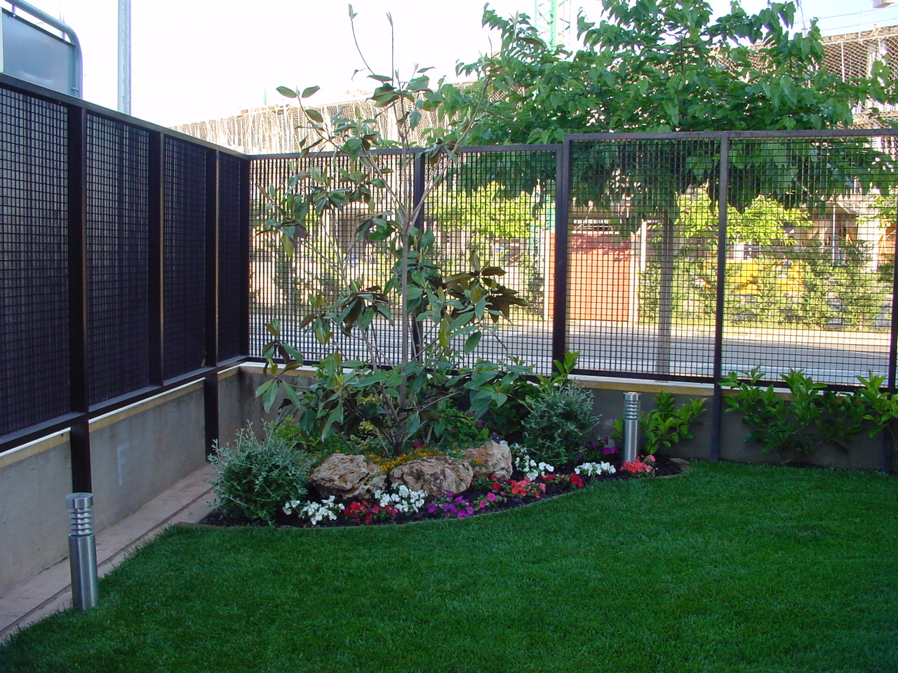 Jardineria eladio nonay jardiner a eladio nonay for Iluminacion arboles jardin