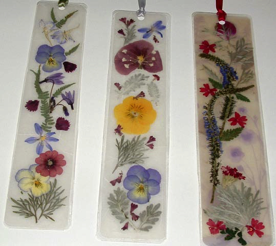 Laminated Pressed Flowers ~ Canada floral delivery making beautiful pressed