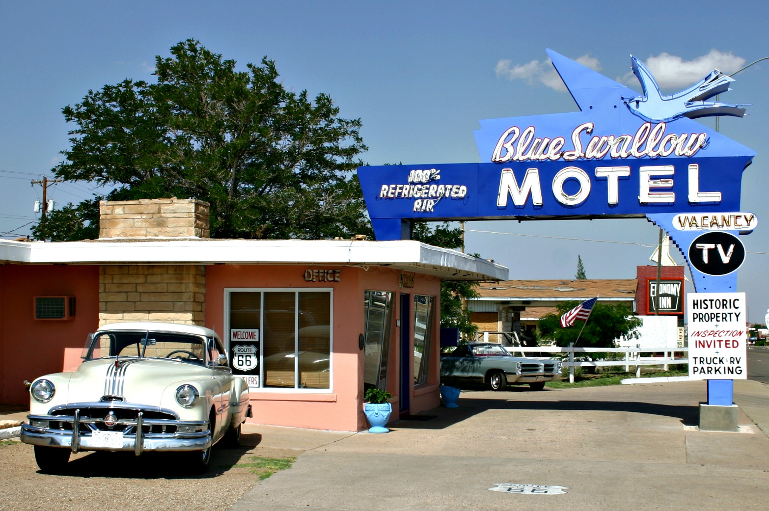swallow motel