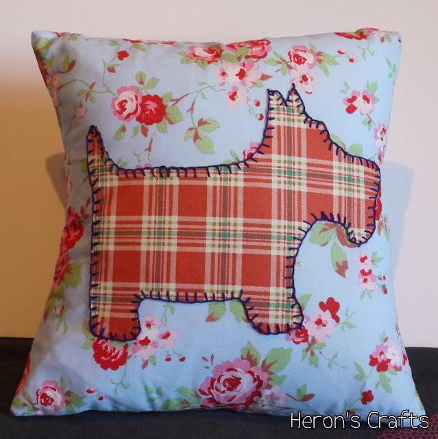 How To Make A Scottie Dog Cushion
