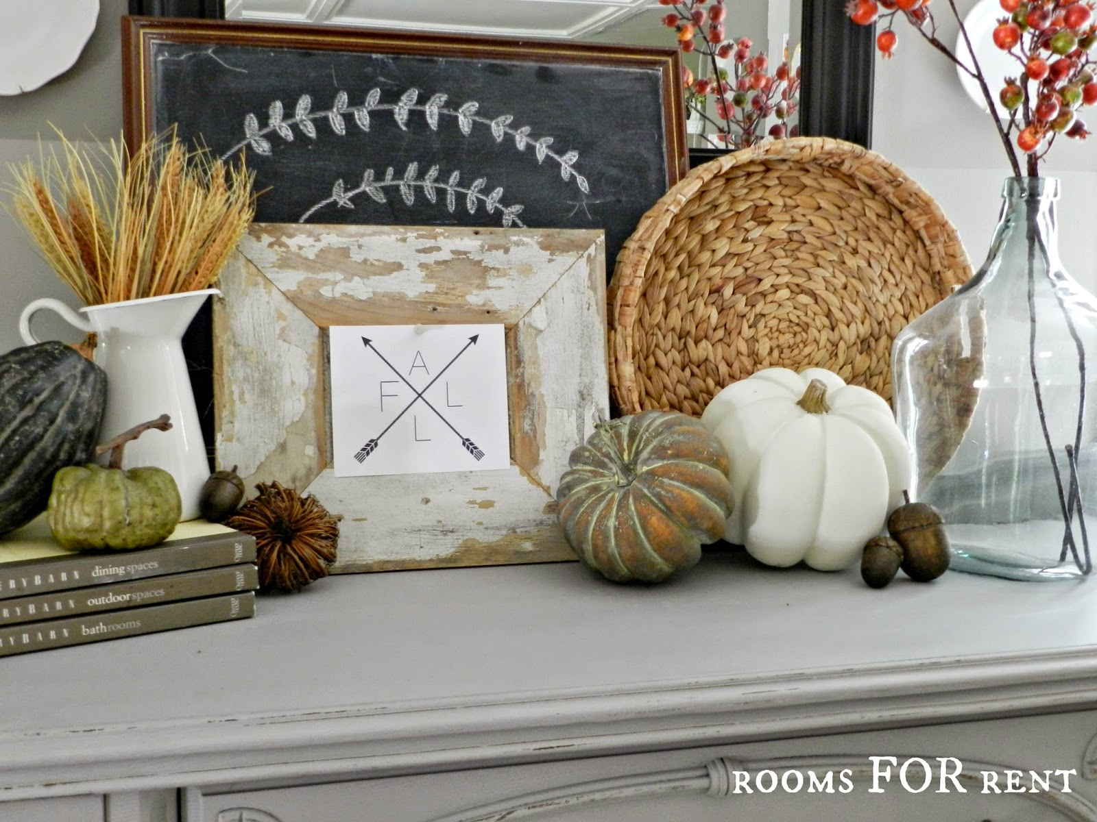 Favorite Fall Display from Friday Favorites | www.andersonandgrant.com