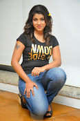 Geethanjali stylish photo shoot gallery-thumbnail-19