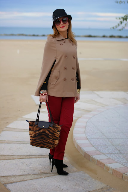 Camel cape coat, Persunmall cape, Longchamp tigre, Fashion and Cookies, fashion blogger