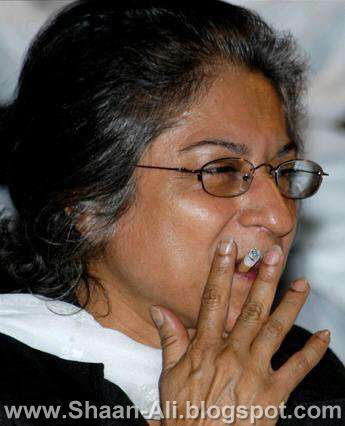 Asma Jahangir Smoking  Pic (President Supreme court bar association)