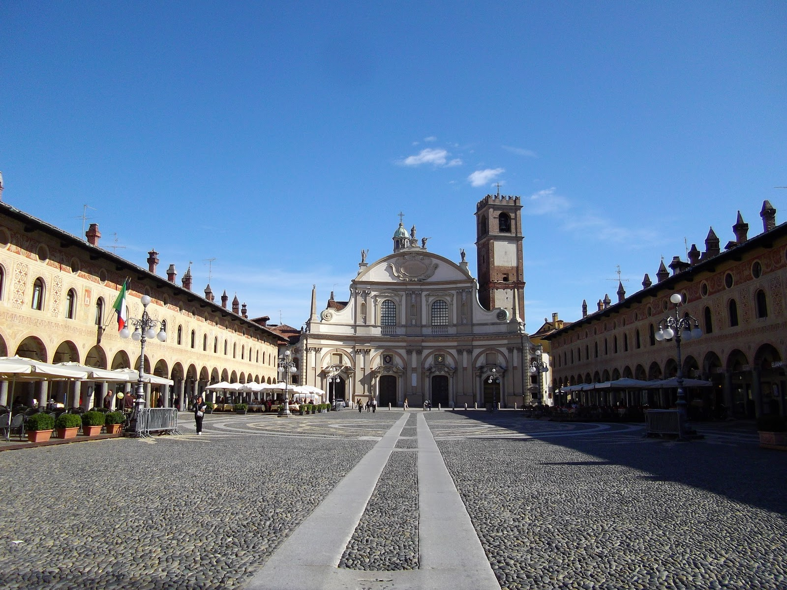 Vigevano Italy  city images : Trip to Vigevano, Italy | Life in Luxembourg