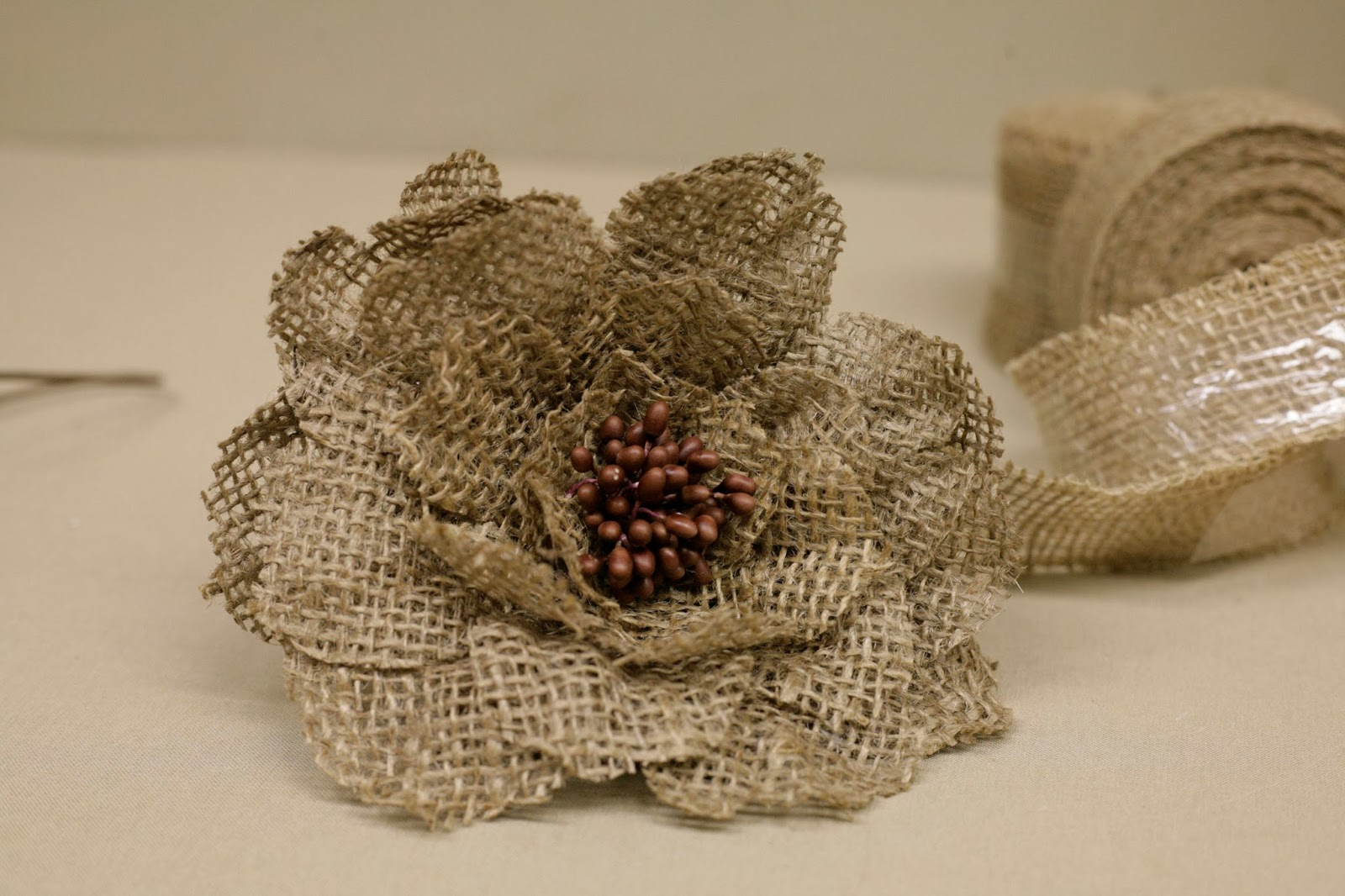burlap flower 1600×1066 Craft Ideas
