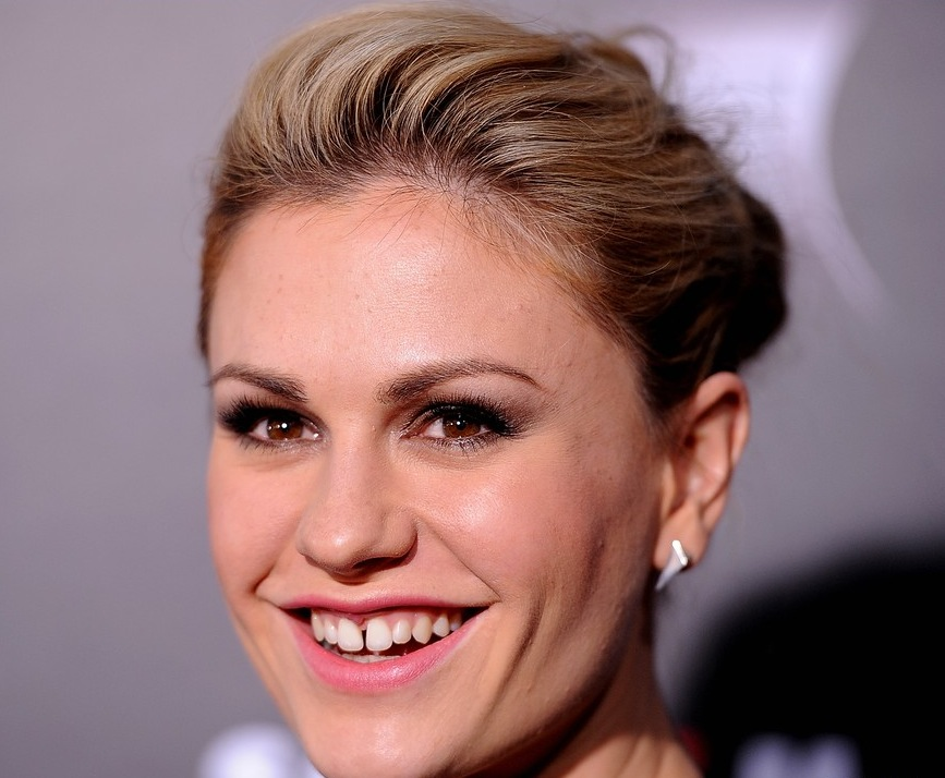 I thought that everyone put on their A-game but my favorite was definitely Anna Paquin. Granted, I may be a bit biased as I am a MASSIVE fan of True Blood.