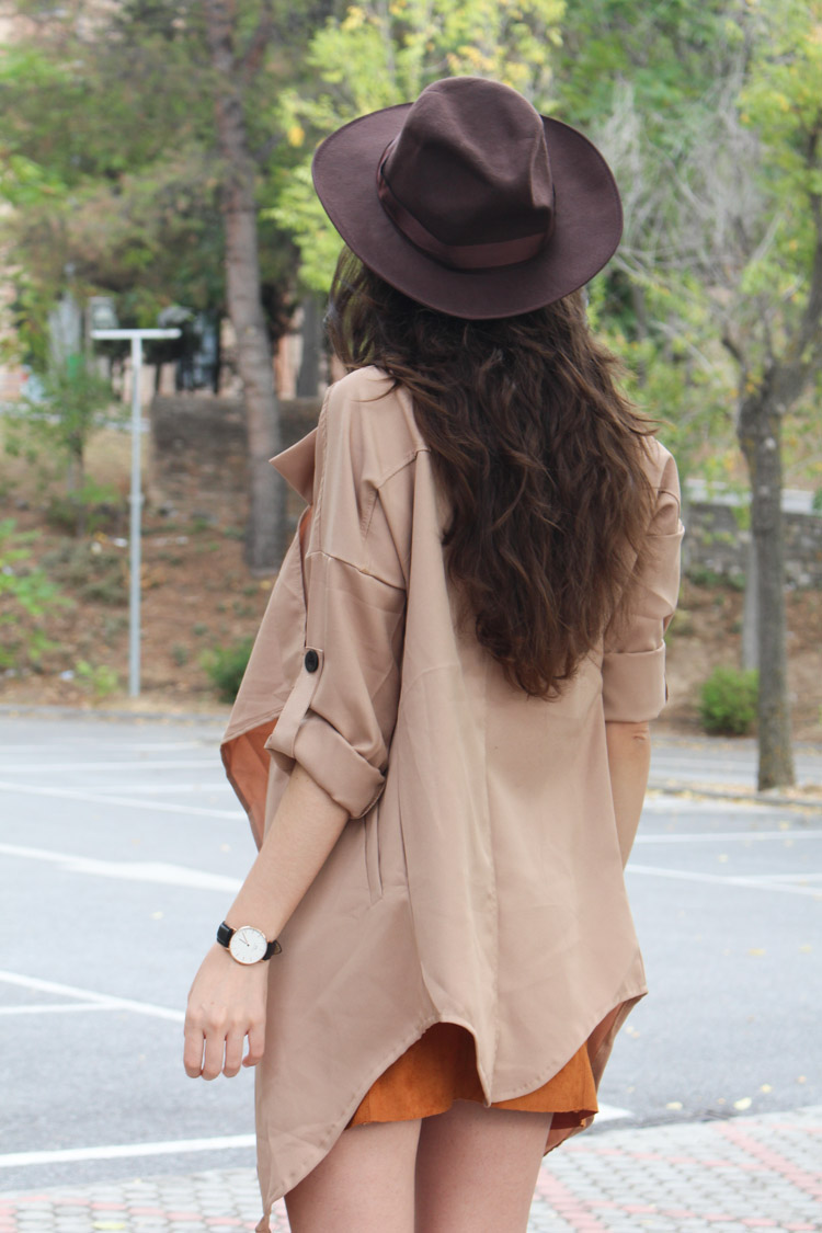 Suede skirt, camel trench, hat
