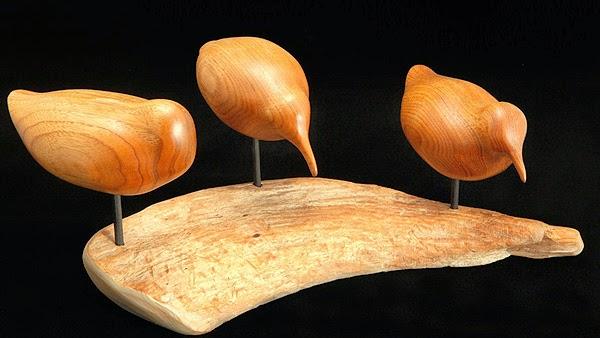 http://www.waynerobbins.com/birds1.html