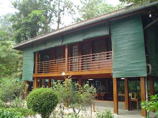 Hanoi Vietnã fotos casa de madeira de Ho Chi Minh