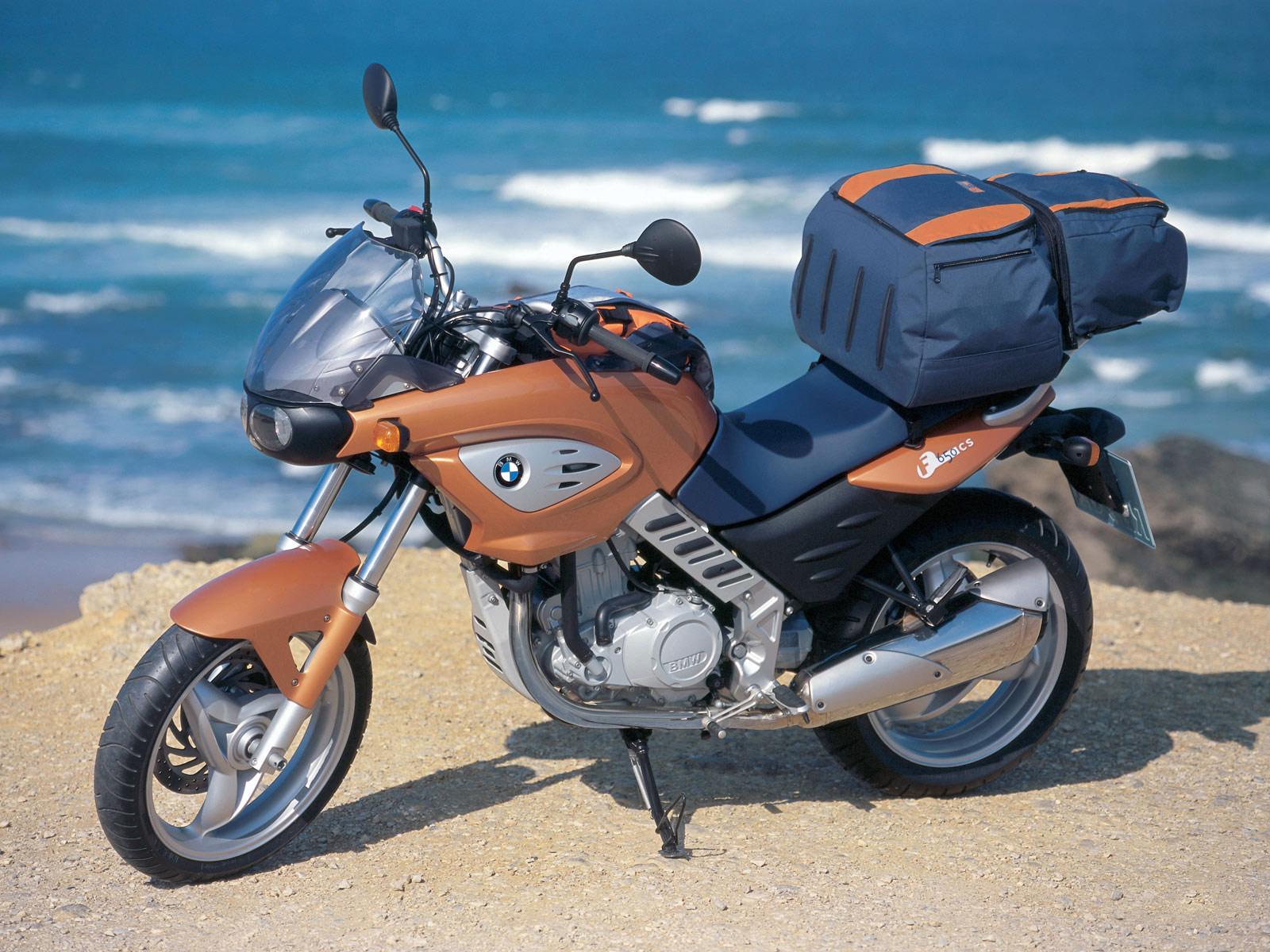 http://4.bp.blogspot.com/-GCJ2Dv9O9wI/Th7fWfK4viI/AAAAAAAAAHw/hnFmLV1W7kU/s1600/BMW_F650CS_BMW-motorcycle-desktop-wallpapers_2001_3.jpg