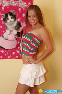 Naked brunnette - rs-Hello_Kitty_dawsonmiller_hello_kitty_008-780259.jpg