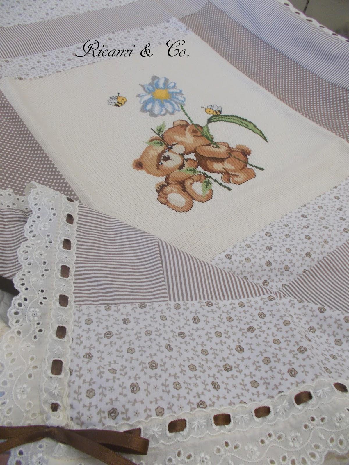 Orsetti a punto croce ricami co for Ricami punto croce neonati