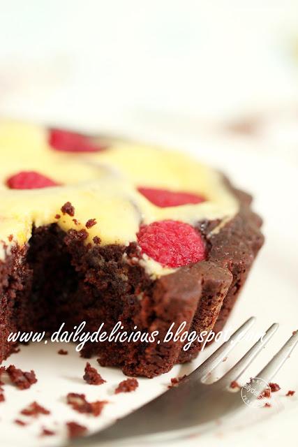 Raspberry chocolate and mascarpone tart: Chocolaty rich, creamy cheese ...