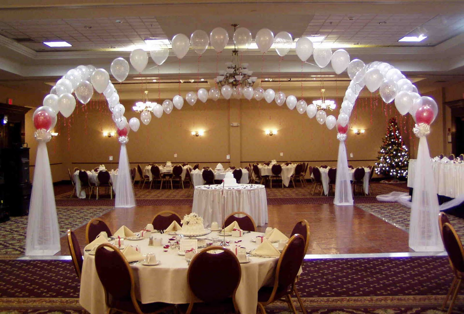 African pearl bridal balloons galore wedding theme for Arch wedding decoration ideas