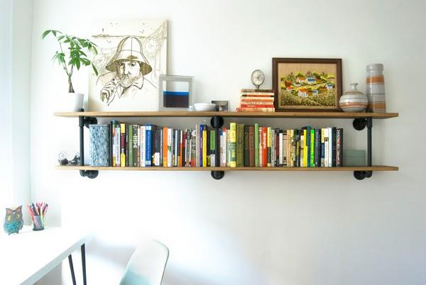 initiales gg diy une tag re en tuyaux de plomberie. Black Bedroom Furniture Sets. Home Design Ideas