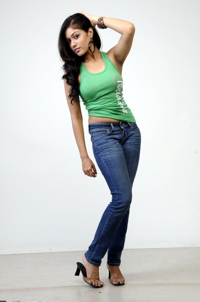 Meghana Raj Sexy Navel Photos In Latest Photoshoot In Green Sleeveless And jeans Showing Black Armpit With Hair Closeup