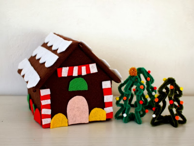 Super easy and fun felt and cardboard gingerbread houses