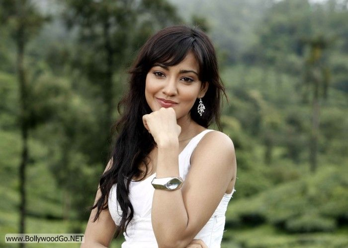 Neha+Sharma+pictures+%25283%2529