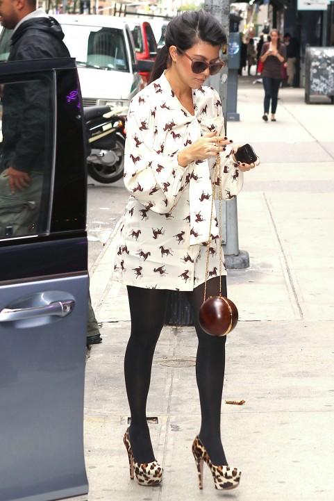 Swiss Collections Style Kourtney Kardashian 39 S Street Style