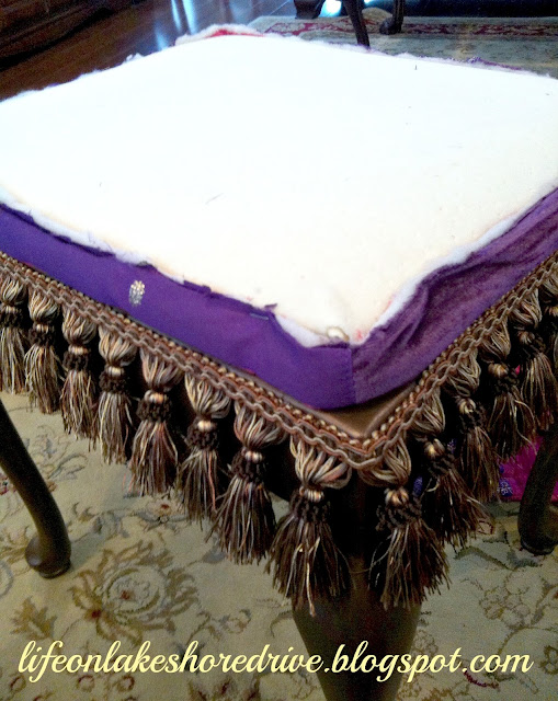 "alt=""queen anne stool makeover tutorial with martha stewart metallic bronze and fringe"""