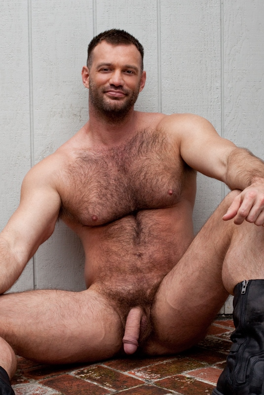Hommes bras poilus nus