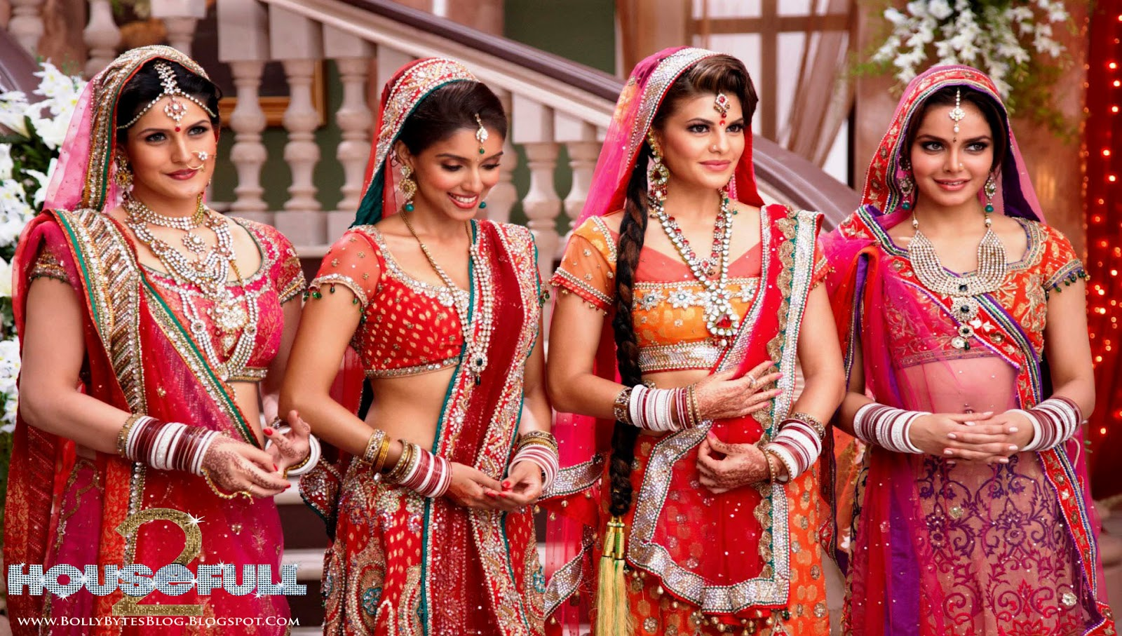 http://4.bp.blogspot.com/-GDYrBSumtCg/T3VvyBXtZ-I/AAAAAAAAFQ4/da5grkvBH98/s1600/Housefull-2-Red-Hot-Marriage-Dress-Asin-+Jacqueline-Fernandez-Zarine-Khan-Shahzan-Padamsee-HQ-Wallpapers-07.jpg