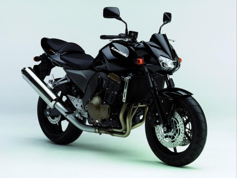 Fast Bikes Online Kawasaki Z750 Wallpaper