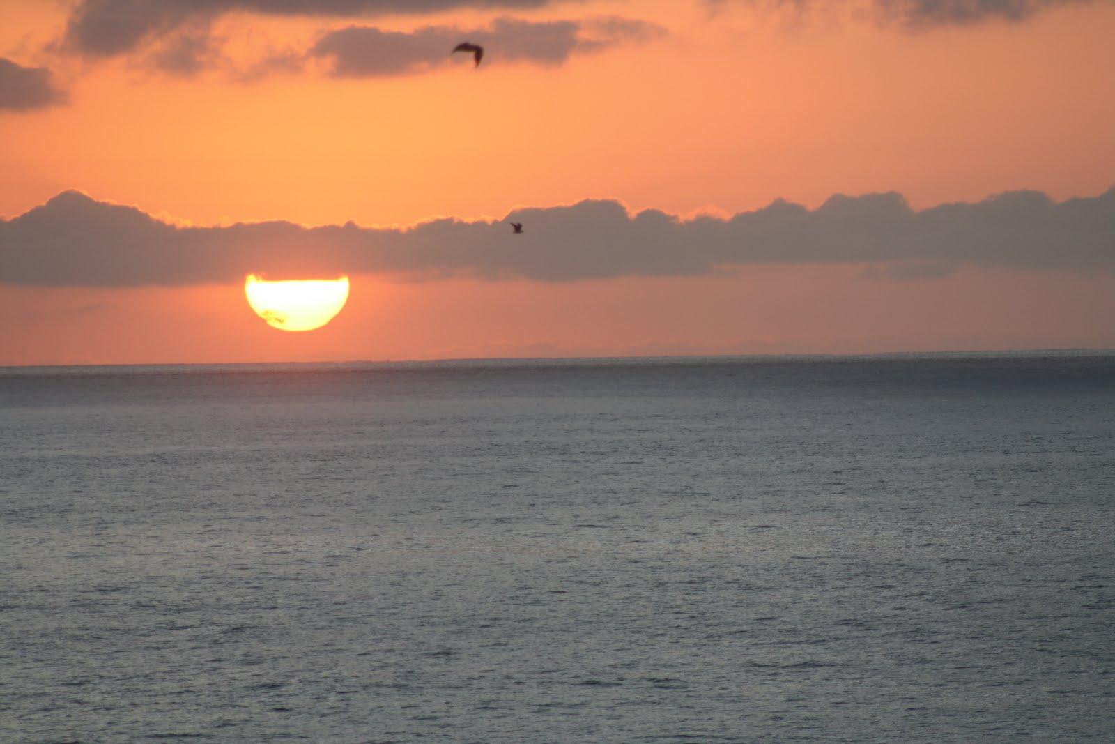 Calm Sunset Beach Photo Wallpaper | Beach Wallpaper ...