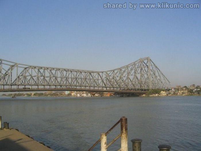 http://4.bp.blogspot.com/-GE7-Ph8L6zI/TXW47qcC4XI/AAAAAAAAQU8/bg11le1TbTQ/s1600/bridges_43.jpg