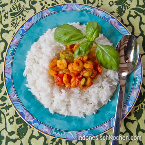 Garnelen Tomatensoße indonesisch kochen
