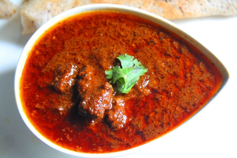 Rajasthani laal maas recipe red mutton curry recipe yummy tummy rajasthani laal maas recipe red mutton curry recipe forumfinder Choice Image