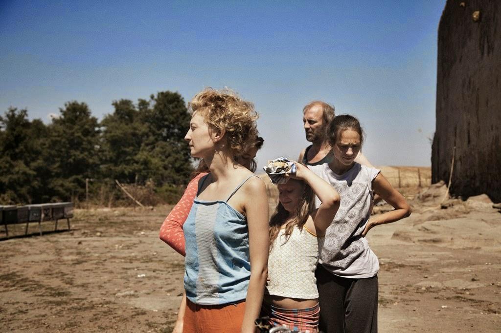 le meraviglie-the wonders-alba rohrwacher-maria alexandra lungu-agnese graziani-sabine timoteo-sam louwyck