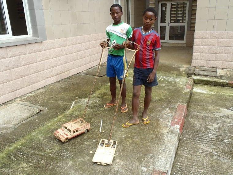 perfiles africano espectáculo de juguete