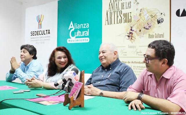 """Conchita de Antuñano presenta su disco """"Romance en México"""""""