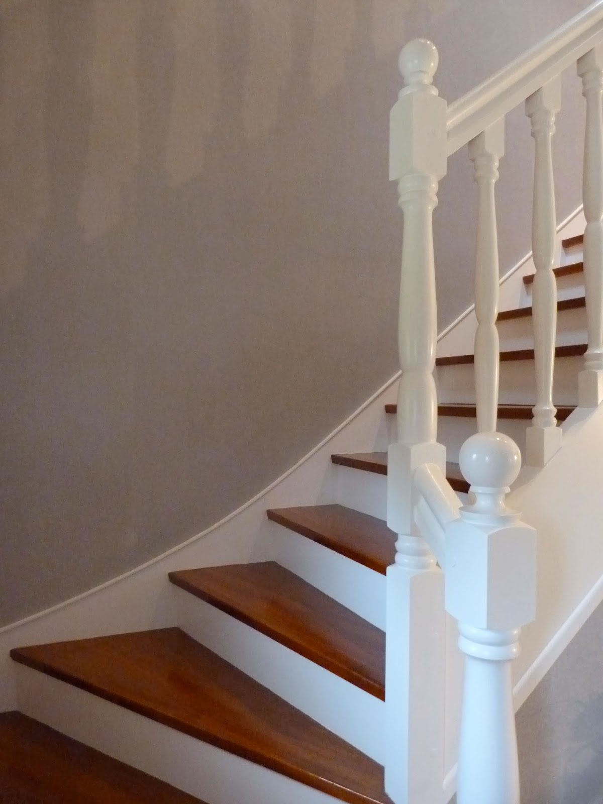 Anthracite d co r novation d 39 escalier for Peindre escalier en blanc