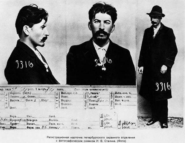 Stalin, época-discurso