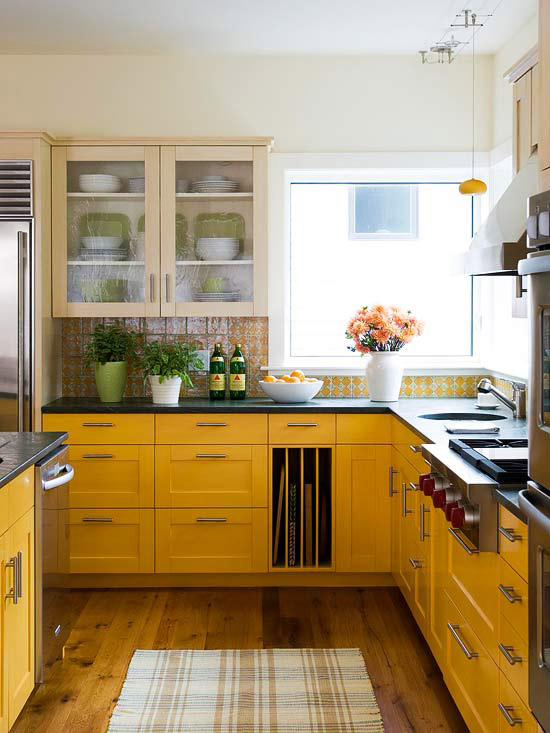 Traditional kitchen design ideas 2014 with yellow color for Kitchen ideas 2014