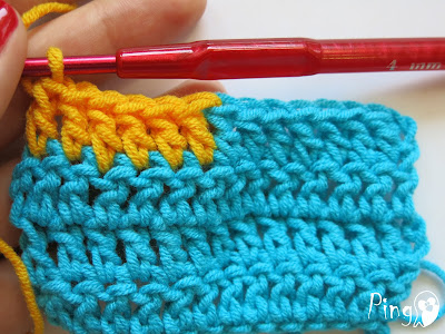Changing Yarn in Double Crochet - step by step instruction by Pingo
