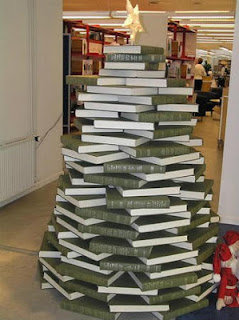 criativa-arvore-natal-com-livros