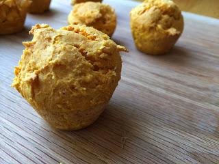 50 Calorie Pumpkin Mini Muffins