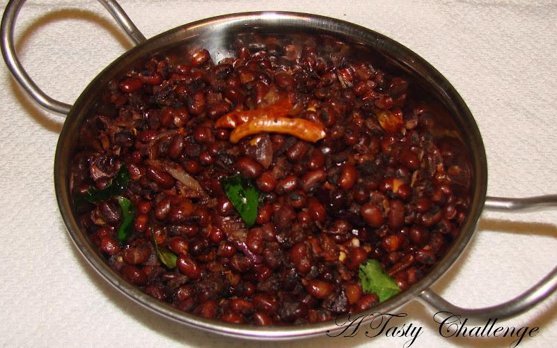 Vanpayar Mezhukkupuratti/ Sauteed Red Mung Beans