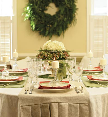 Green Christmas table decoration