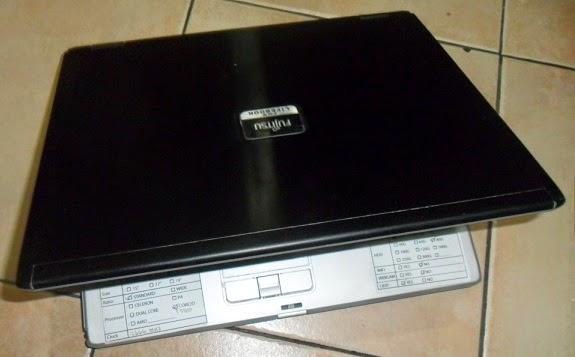 Fujitsu FMV-s8245 Core 2 Duo Jepang