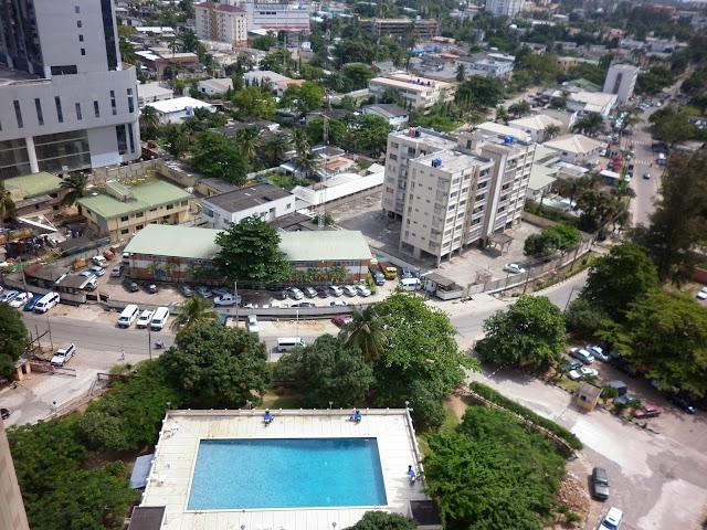 The curve at Kofo Abayomi Street, Victoria Island, Lagos