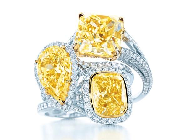 Smartologie tiffany co yellow diamonds collection 2012 tiffany co yellow and white diamond pendant and earrings in platinum and 18 karat yellow gold aloadofball Gallery