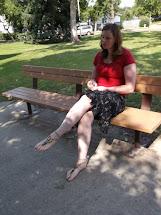 Picnic Barefoot Girls